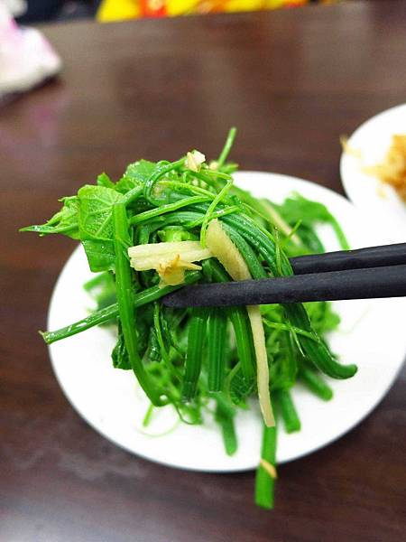 【板橋】新疆麵食館-好吃的雞絲拉皮