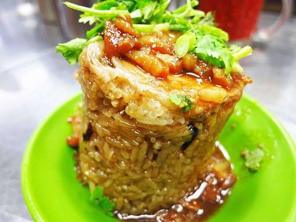 【三重小吃】炊筒仔米糕-軟趴趴的米糕-文化北路