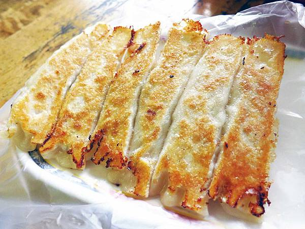 【中和美食】巨鼎鍋貼-原汁原味就美味的鍋貼