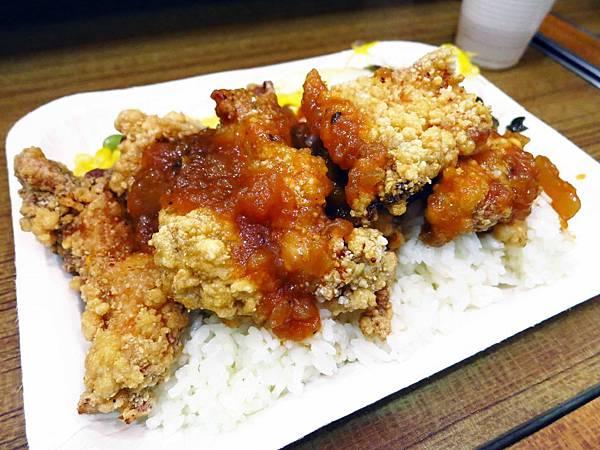 【永和美食】金八式豬排專賣店-跟山一樣多的雞排