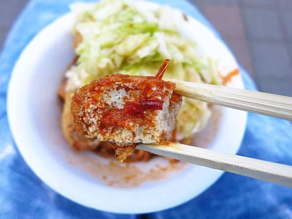 【三重排隊美食】228公園臭豆腐-1開店就滿滿的排隊人潮