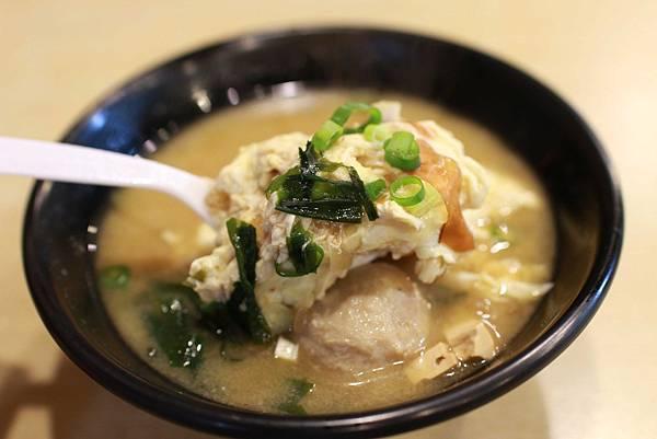 【新莊美食】新月涼麵-誰說涼麵就只能有麵?也能有肉有蛋
