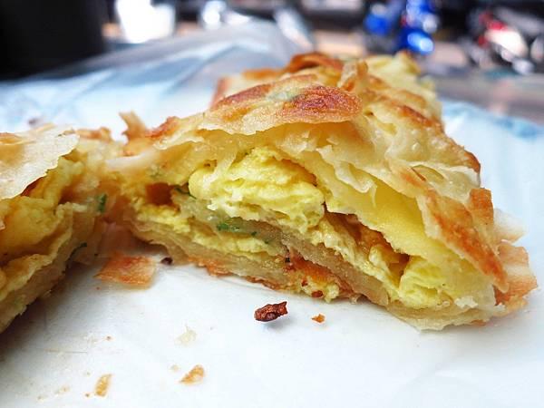 【三重早餐】上海蛋餅豆漿大王-手工蛋餅界中的燒餅?