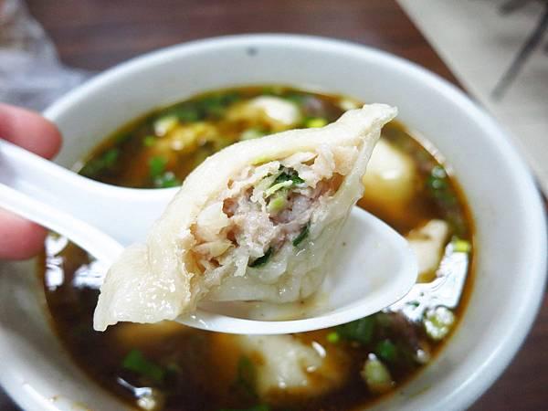 【三重美食】吉利水餃牛肉麵-鮮少見的手工擀皮水餃