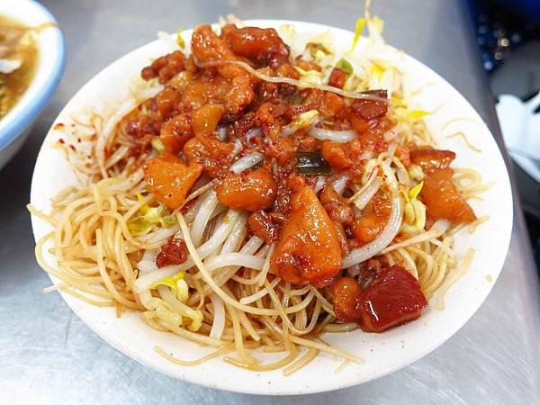 【中和美食】大胖肉羹-在地人必吃的排隊美食