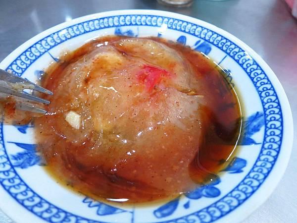 【三重美食】溪尾肉圓-滿到爆出來的肉羹與古早味肉圓