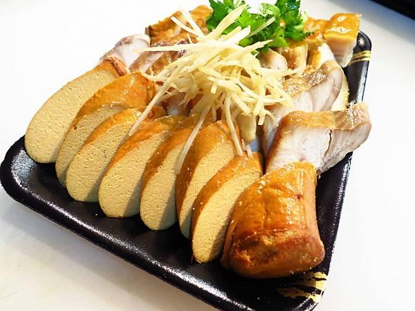 【桃園美食】深澳鯊魚煙大王-試吃讓你吃到爽-龜山分店