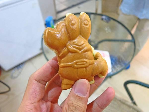 【新莊美食】福壽街鮮乳雞蛋糕-古早味爆漿雞蛋糕
