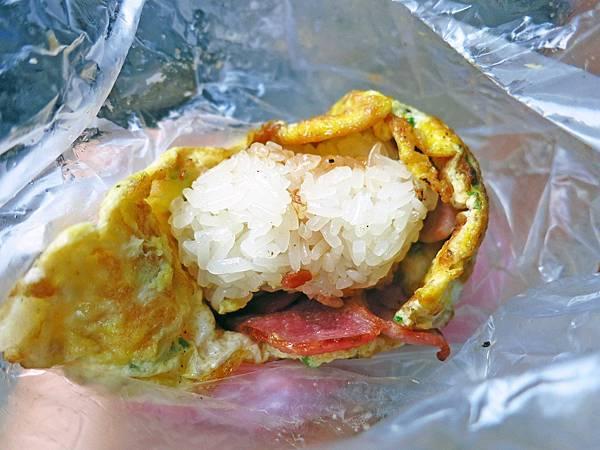 【桃園美食】龜山無名蛋包飯-創新台式蛋包飯