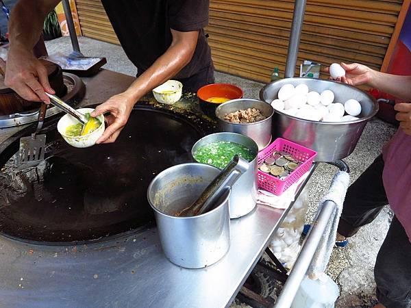 【桃園美食】龜山無名蛋包飯-創新台式蛋包飯早餐