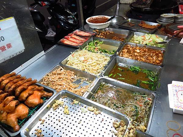 【三重美食】三民街排骨飯-隱藏版美食