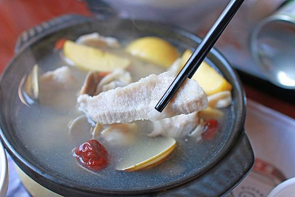 【桃園美食】茶自點複合式餐飲-現點現炒的美味茶館餐廳-桃園火車站