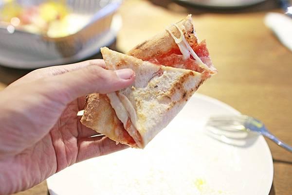 【台北餐廳】Pizzeria Oggi拿坡里披薩-正統拿坡里窯烤披薩吃到飽