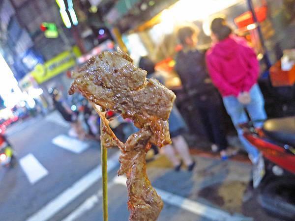 【三重美食】香滿碳烤-等二個小時才能吃到的烤肉