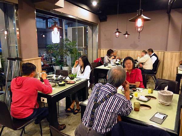 【三重餐廳】品味日式涮涮鍋-比手掌還大的蝦子火鍋店