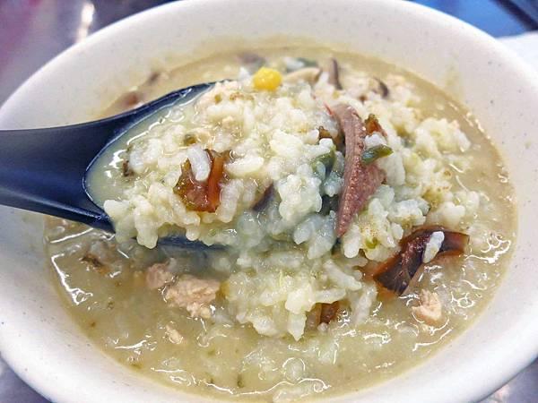 【桃園美食】霸子廣東粥-中藥湯頭熬煮的粥麵
