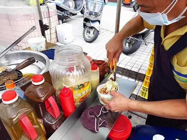 【桃園美食】寶山路臭豆腐-阿伯臭豆腐攤