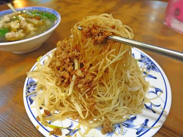 【台北萬華美食】正老牌魷魚平-好喝的魷魚羹湯