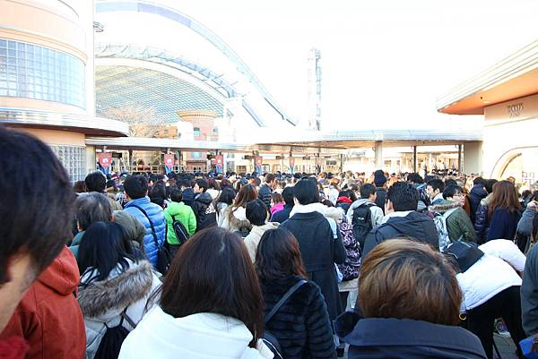 【大阪京都自由行】大阪環球影城-必玩攻略,進擊的巨人、福音戰士、哈利波特