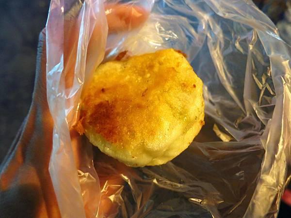 【中和美食】有一間煎包店-巷弄內的水煎包美食