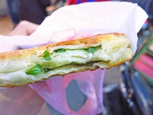 【蘆洲美食】蘆洲總讚手作蔥餅-在地人極力推薦美食