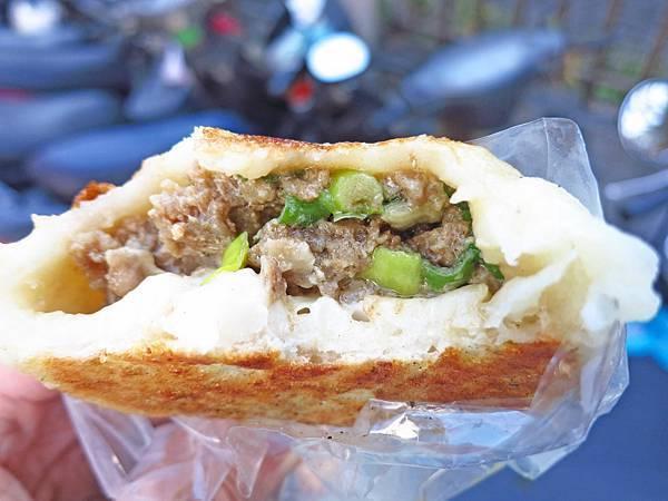 【新莊美食】狗不理水煎包-台北醫院附近的老店美食