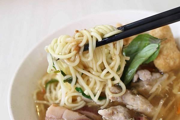 【蘆洲美食】豪肉羹魯肉飯-傳承20年手藝的巷弄隱藏版美食