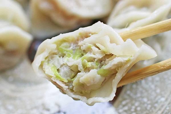 【台北美食】Ha婆蚵仔麵線手工餃子-特殊的辣蘿蔔蚵仔麵線
