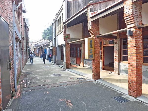 【台北旅遊】剝皮寮歷史街區-走回舊時代的榮景