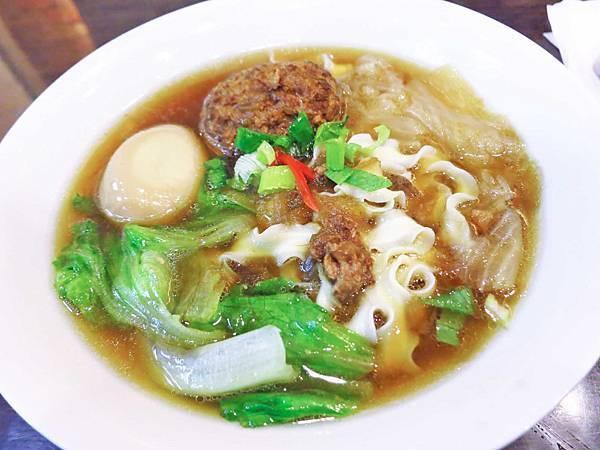【永和美食】吃吃吃麵飯館-隱藏在巷弄的美食餐廳