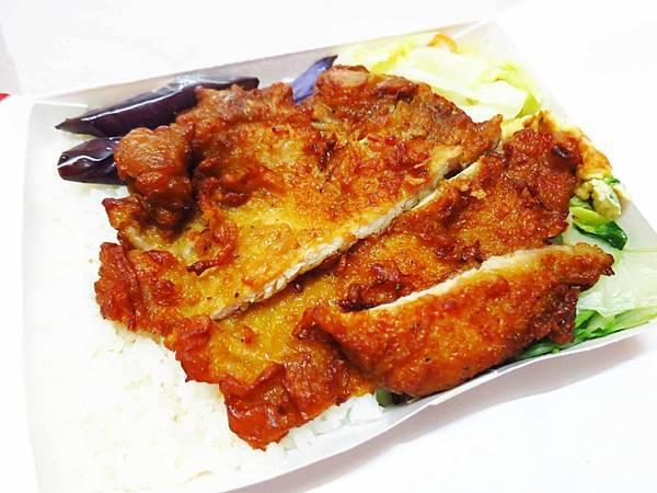 【三重美食】文詰便當-超美味古早味排骨飯