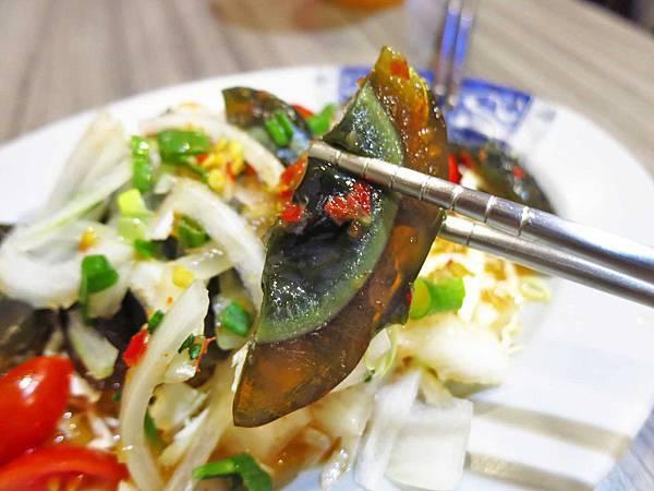 【蘆洲美食】泰坊泰式料理-每道50元起超便宜泰式料理