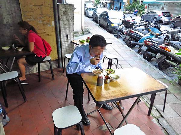 【台北美食】同安街麵線羹-非用餐時間也要排隊的隱藏版美食