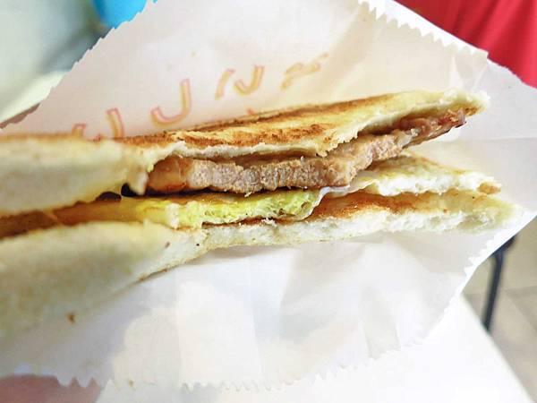 【永和美食】碳之家-肉蛋碳烤三明治早餐店