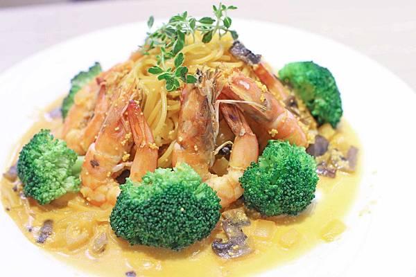 【桃園餐廳】布納咖啡館&義斯特時尚創作料理&義斯特P&R義大利麵-Hellmann's美玉白汁沙拉醬百搭美味好餐點