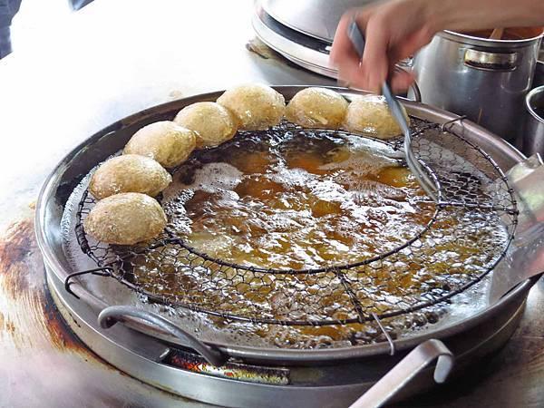 【台北美食】南機場彰化肉圓-不到二小時就賣光光的肉圓店