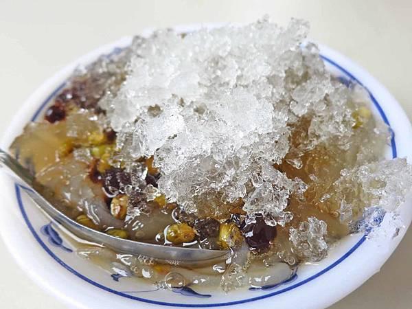 【新莊美食】公園一路粉條冰-夏天才能吃到的隱藏版冰店