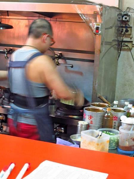 【桃園美食】世代小館-使用牛肉片的牛肉炒飯