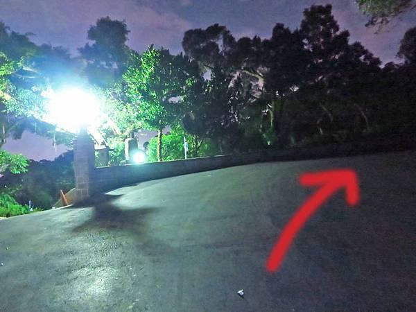 【台北旅遊】劍南山夜景-不用爬山也能看到台北夜景