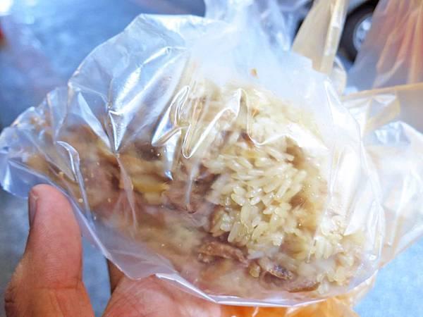 【台北萬華美食】阿婆油飯-食尚玩家推薦40年老店