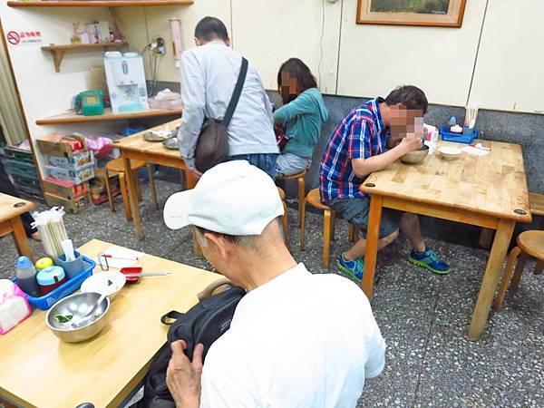 【台北萬華美食】布袋鮮之蚵-大份量的蚵仔料理