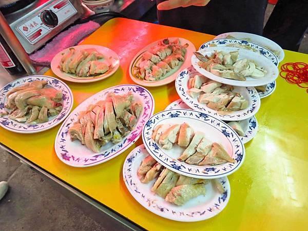 【台北萬華美食】施福建好吃雞肉-1碗10元的雞油飯