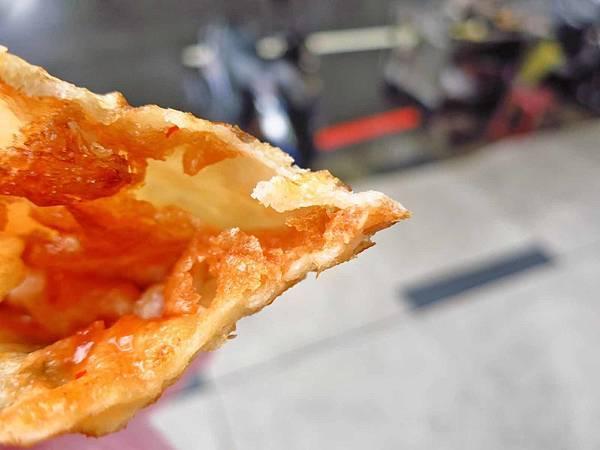 【板橋美食】海山高中蔥油餅-加蛋只要20元的蔥油餅