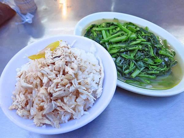 【台北美食】社子島雞肉飯-35元超便宜炒青菜