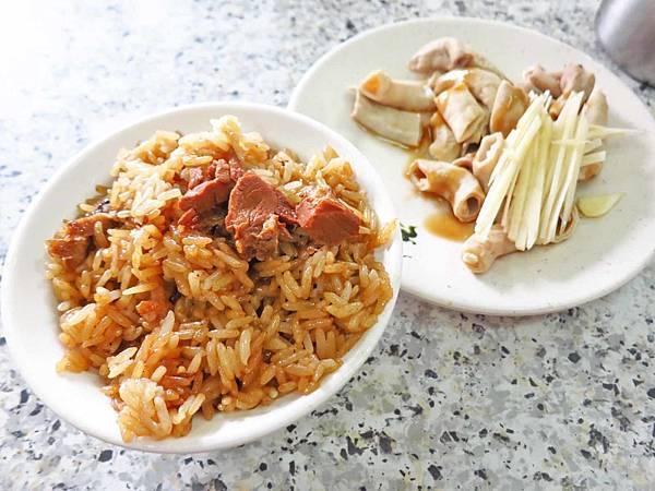 【台北萬華美食】阿萬油飯-40年以上的油飯老店
