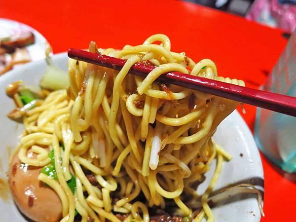 【花蓮美食】台東人麵店-麵Q不油膩值得推薦的麵店