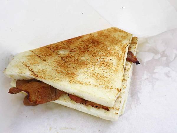 【板橋美食】熊夯碳烤三明治-木炭炭烤的燒肉和吐司