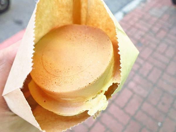 【蘆洲美食】晴光紅豆餅-爆漿甜食系列
