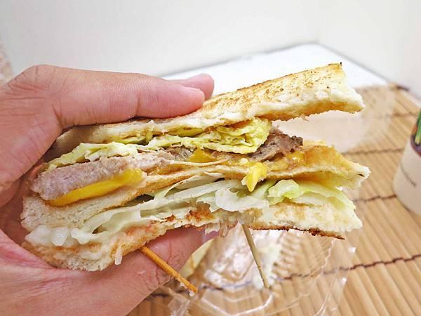 【新莊美食】Smail Energy-碳烤吐司早餐餐車美食