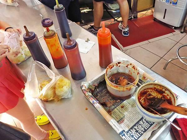 【桃園小吃】翔園上海生煎包-還沒出爐就一堆人排隊的煎包店